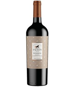 La-Celia-Reserva-Malbec-Cabernet_Franc-no-background.png