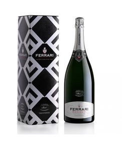 Ferrari Maximum Brut Trento DOC 1.5 with box.png